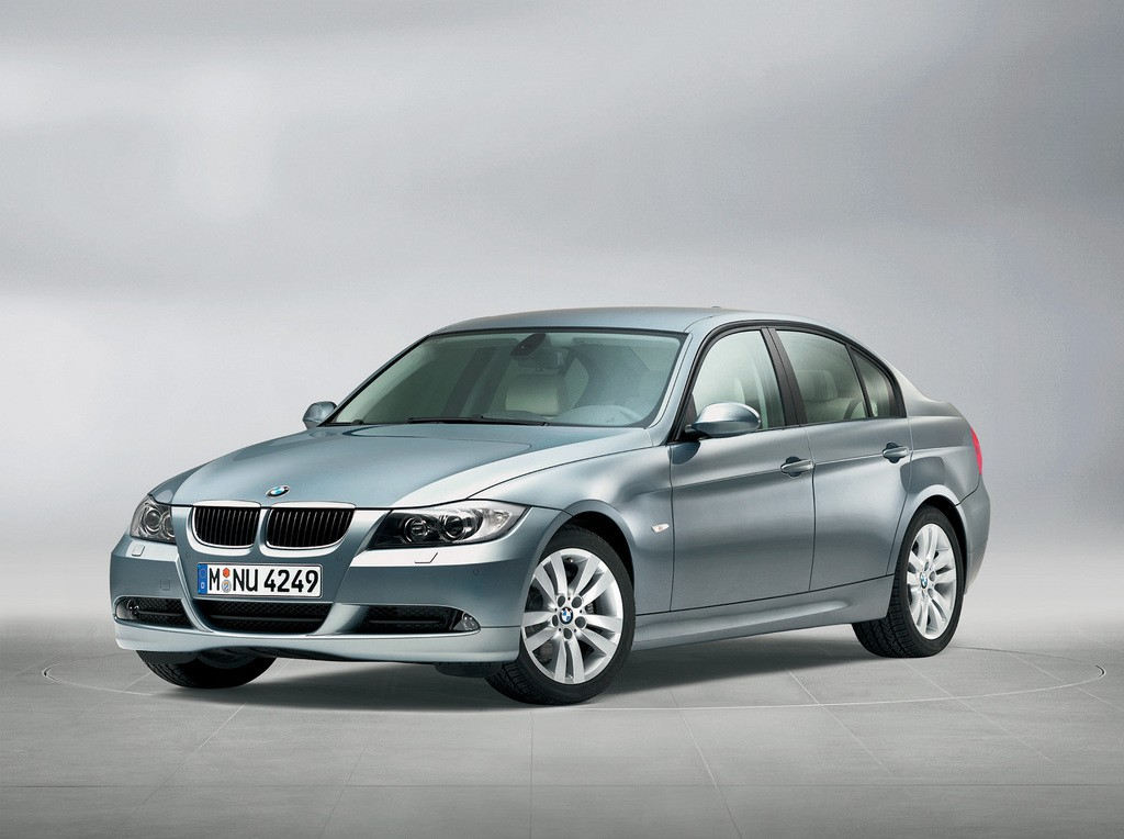 Problems and Recalls: BMW E90 3-Series Sedan (2005-11)