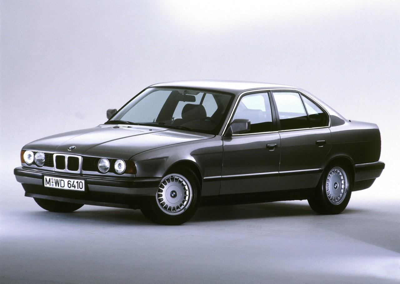 Review BMW E34 5Series Sedan 198896  520i 525i 530i 535i