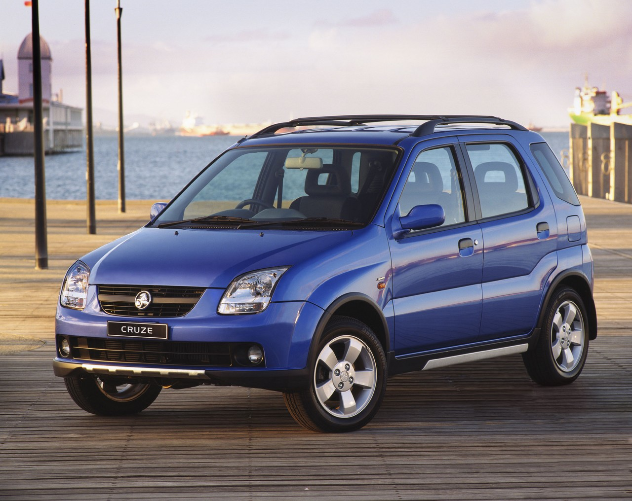 Holden yg cruze review 2002 06 vanachro Images