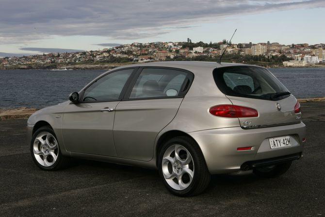 alfa romeo 147 review twin spark gta and jtd rh australiancar reviews Alfa Romeo SUV Alfa Romeo 8C