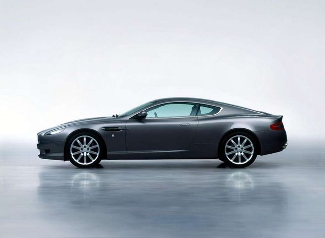 Review Aston Martin Am112 Db9 2005 12