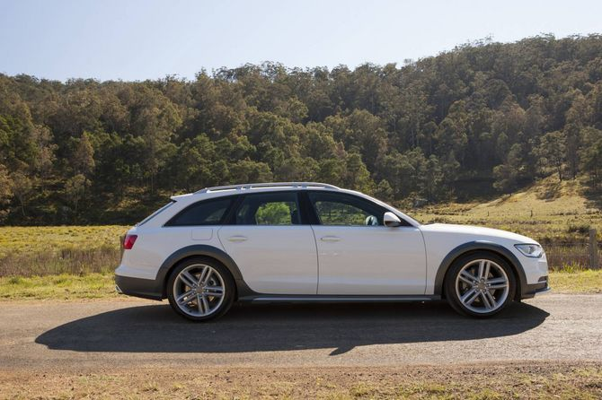 Audi C A Allroad Quattro Review On - Audi allroad ground clearance