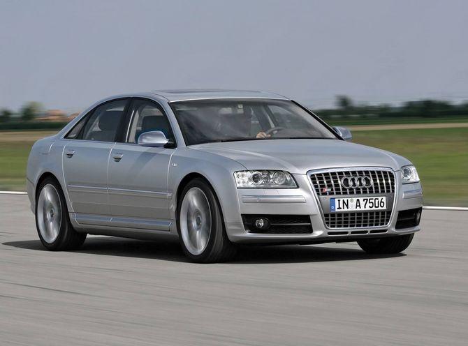 Review Audi D3 S8 2006 10