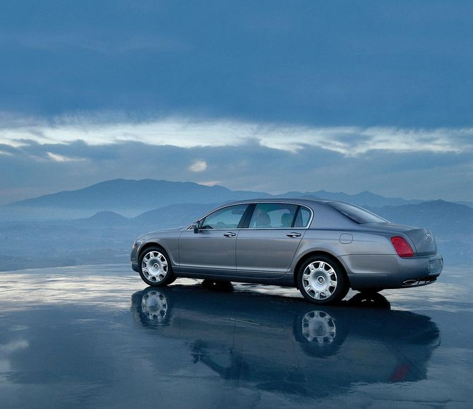 Review: Bentley 3W Continental Flying Spur (2005-12