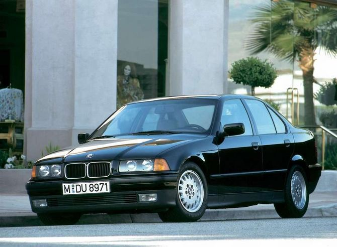 Classic boxy BMW design for the 90's E36 3 series