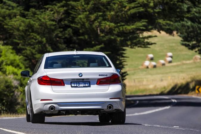 Review: 2017 BMW G30 5-Series Sedan   520d, 530i, 530d, 540i
