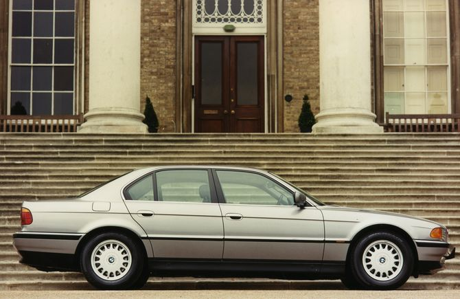 1998 BMW 740iL (for North America U.S.) specs review