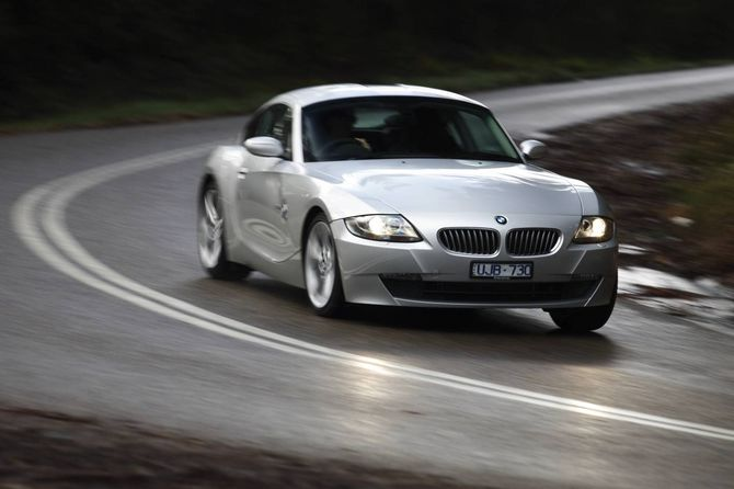 Review Bmw E86 Z4 Coupe 2006 09