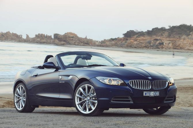 review bmw e89 z4 roadster 2009 16. Black Bedroom Furniture Sets. Home Design Ideas