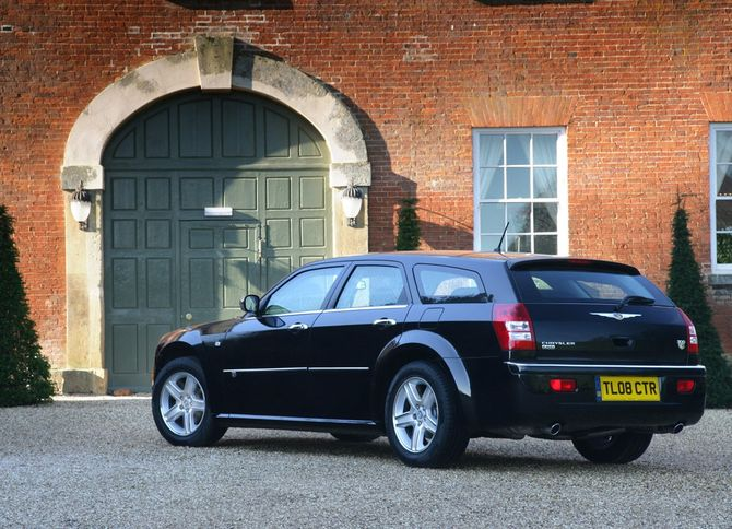 Chrysler 300c tourer review