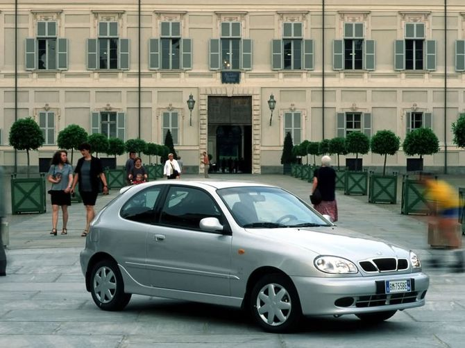 Daewoo Lanos Review: 1997 to 2003