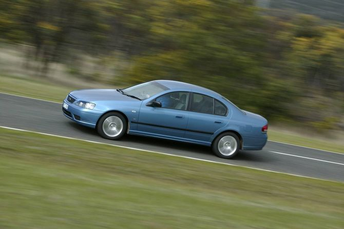 Ford Bf Falcon Review Xr6 Turbo Xr8 And Xt 2005 10