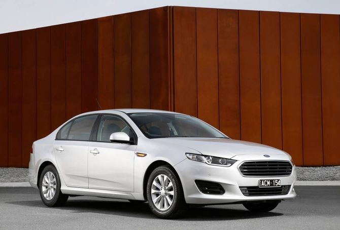 Ford Fg X Falcon Review Xr6 Turbo And Xr8 2014 16