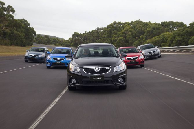 Review Holden Jh Cruze 2011 16