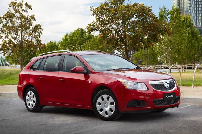 Review Holden Jh Cruze Sportwagon 2012 16