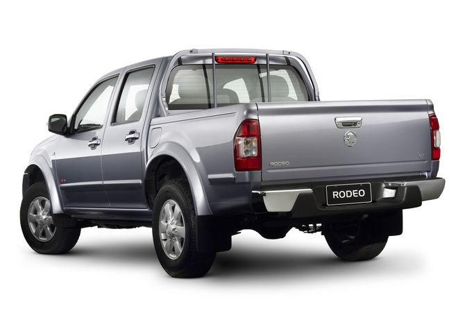 Review Holden Ra Rodeo Utility 2003 08