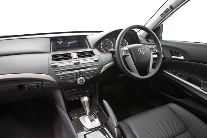 2011 Honda Cp2 Accord Vti L