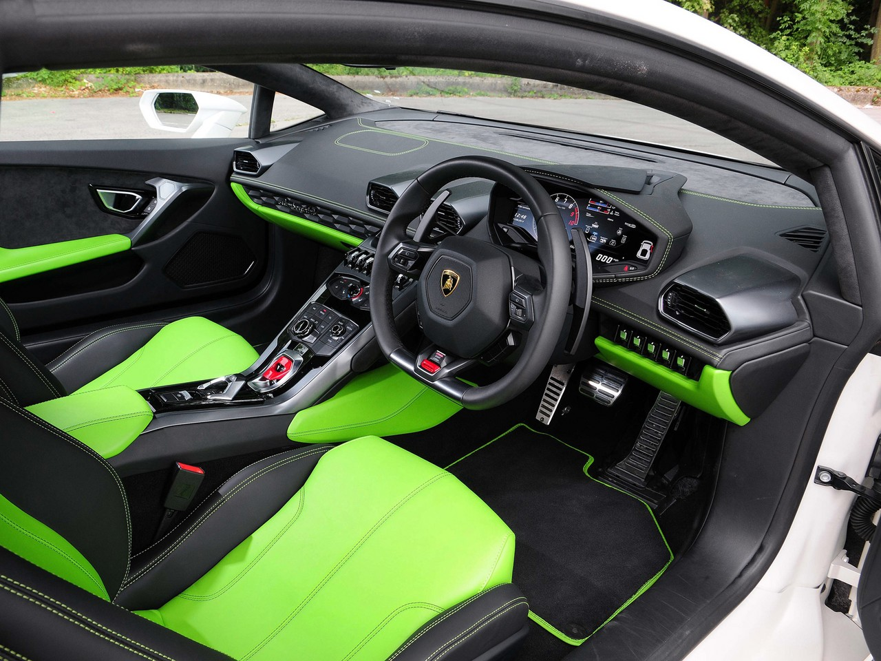 Buyer S Guide Lamborghini Huracan 2014 On