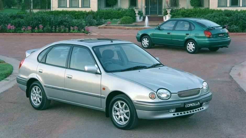 Toyota E110 Corolla Review (1998-01)