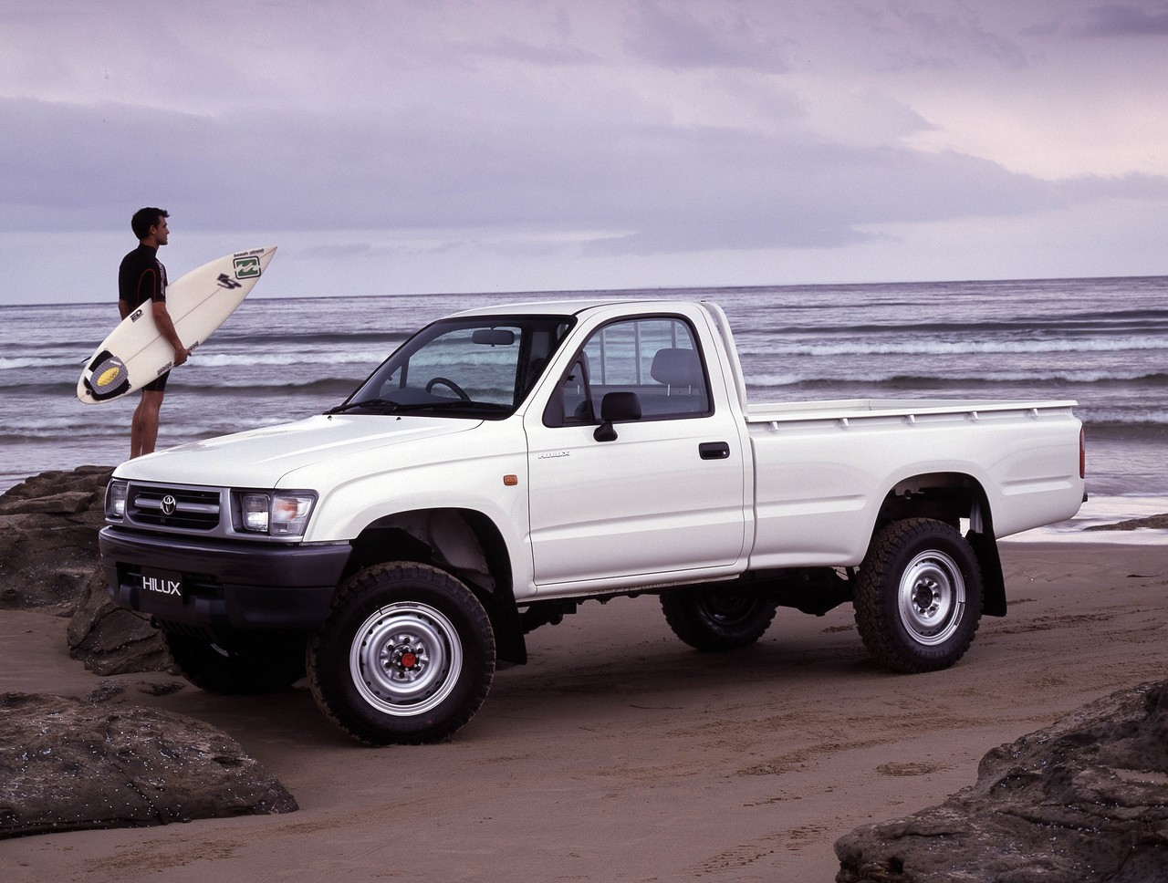 buyer's guide: toyota mk.6 hilux utility (1997-05)