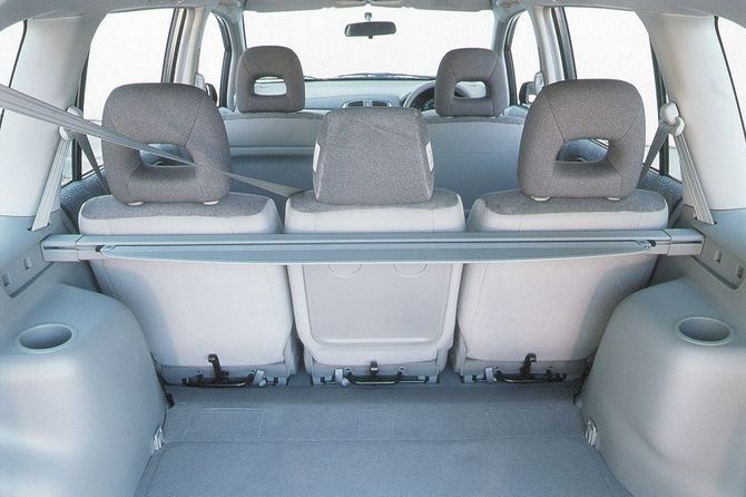 mazda premacy review: 2001 to 2003