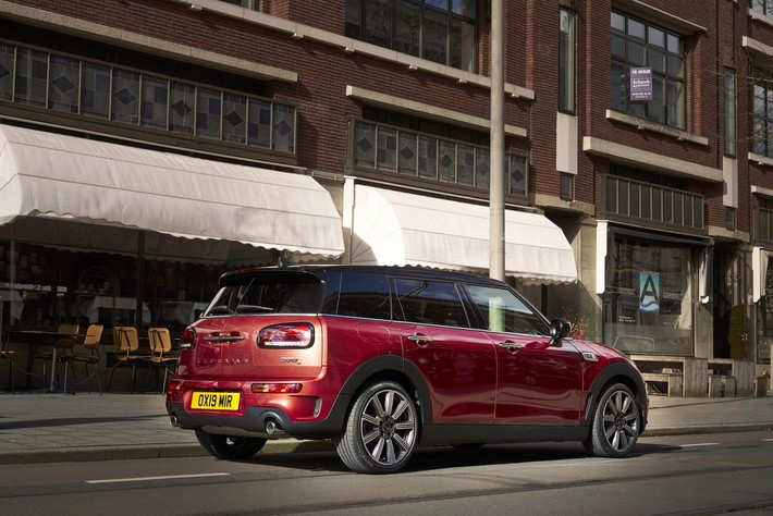 Review Mini F54 Clubman 2015 On Cooper S