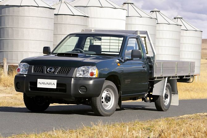 Nissan D22 Navara Cab Chassis Review 1997 14 Dx Std