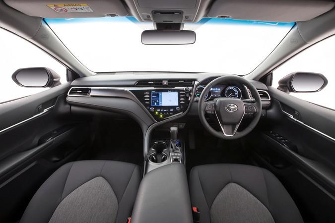 Nissan Cvt Transmission Problems >> Review: Toyota XV70 Camry Hybrid (2017-on)