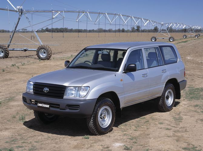 Toyota Landcruiser Review (100/105 Series): 1998-07