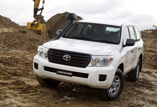 Review: Toyota 200-Series Landcruiser (2007-on)
