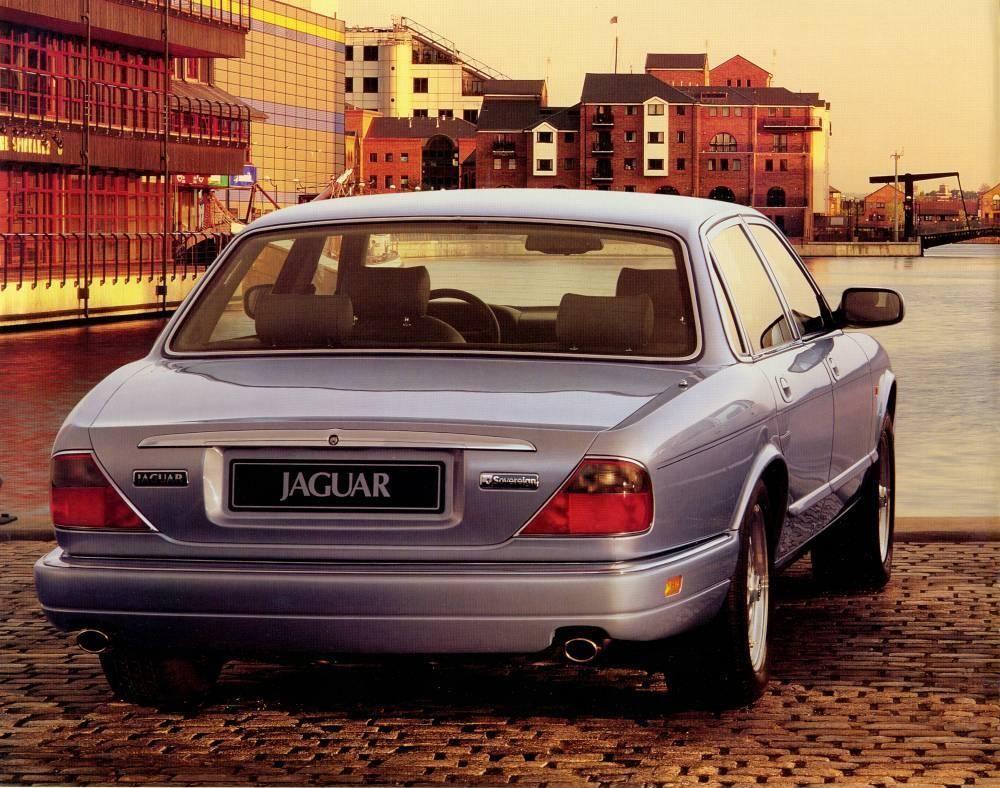 Buyer's Guide: Jaguar X300 XJ (1994-97) on