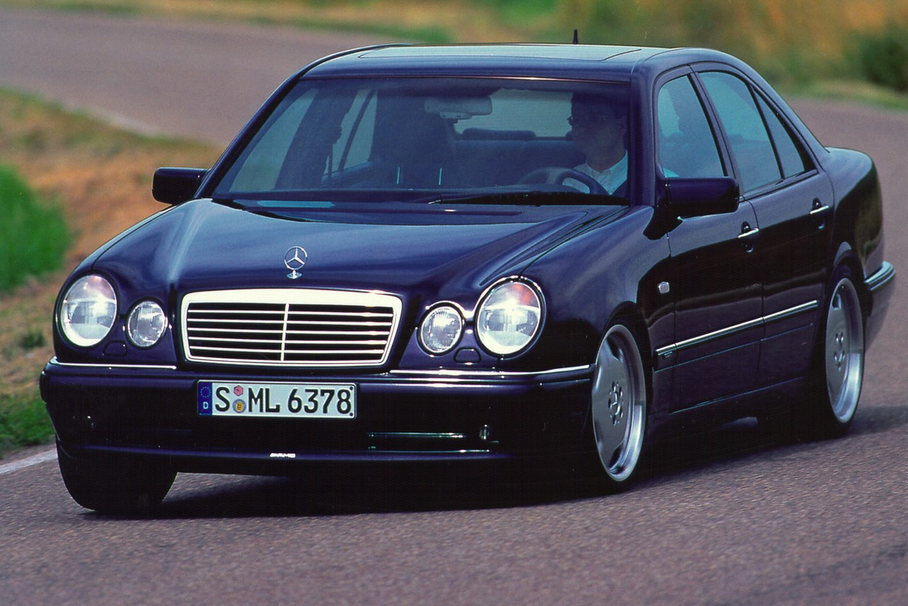 Review: Mercedes W210 E36 and E55 AMG (1996-02)