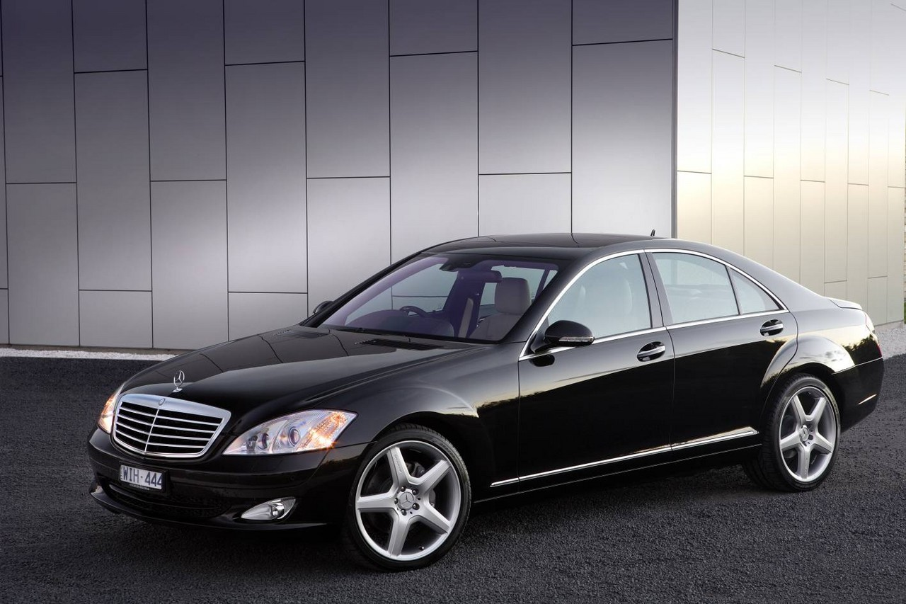 Problems and Recalls: Mercedes W221/V221 S-Class (2006-13)