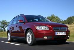 Buyer's Guide: Volvo Mk 2 V50 (2004-12)