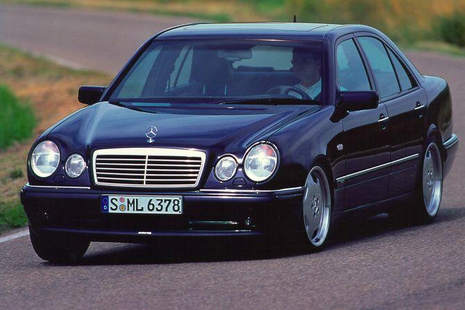 Mercedes W 210 >> Review Mercedes W210 E36 And E55 Amg 1996 02