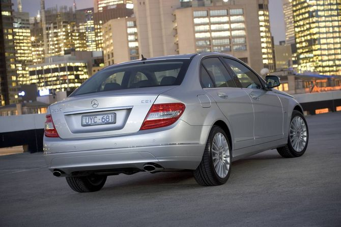Review: Mercedes W204 C-Class Sedan (2007-14) | C200 and C250