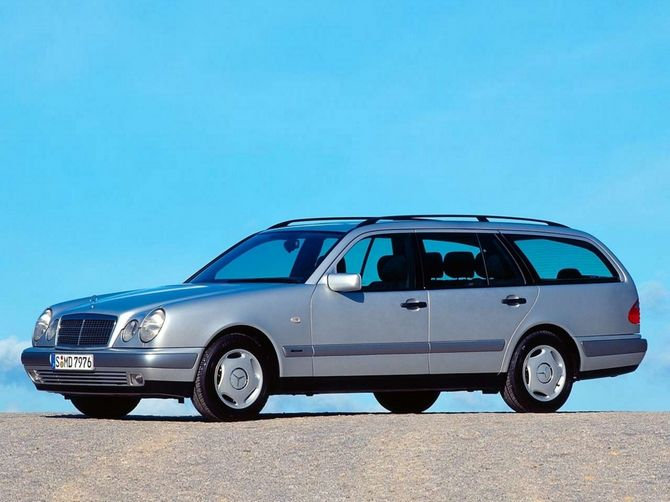 Review Mercedes Benz S210I E Class Estate 1996 99