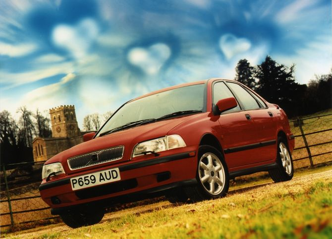 Review: Volvo Mk.1 S40 (1997-04)
