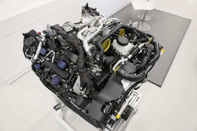 Mercedes-Benz M176 biturbo V8 petrol engine
