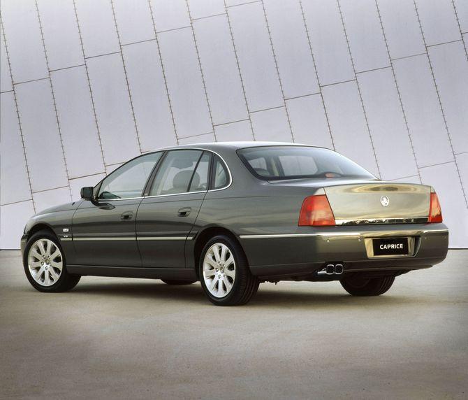 Long-wheelbase Statesman and Caprice unveiled alongside ...